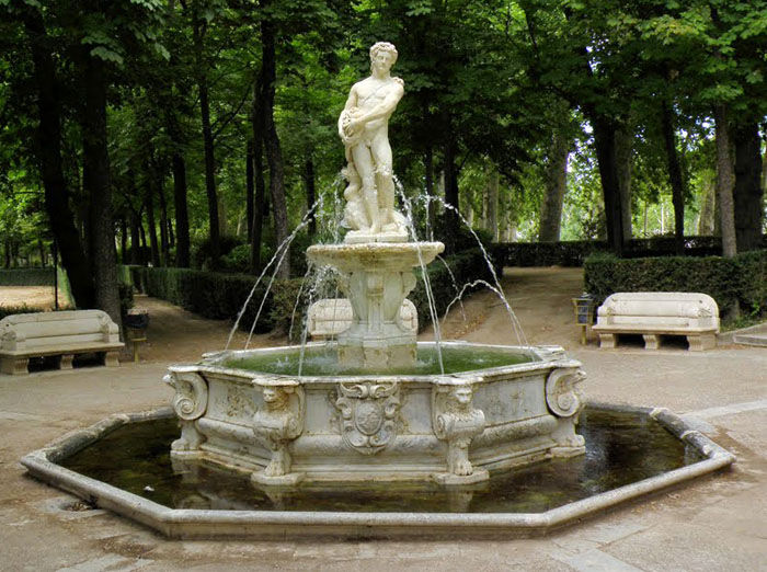 Audio guide Fontaine d'Hercule et l'Hydre et Fontaine d'Apollon